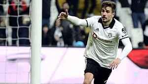 Beşiktaş Dorukhan Toköz ile sözleşme yenilemek istiyor