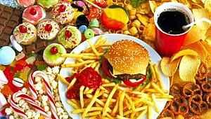 Bilim insanları yaşlanmayı hızlandıran yiyecekleri tespit etti