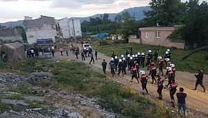 Bursa'da iki grup arasındaki silahlı kavgaya müdahale eden polis memuru şehit oldu - Bursa haberleri
