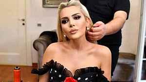 Canlı yayında 'Cinsel organ' kazası yaşayan Selin Ciğerci'ye ünlü şarkıcıdan destek