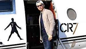 Cristiano Ronaldo, gerekli izinler çıkınca özel jetiyle İtalya'ya döndü