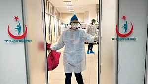 Devlet Hastanesi'nde doktor ve hemşirelerin koronavirüse yakalanması nedeniyle poliklinik kapatıldı