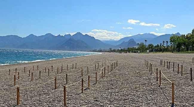 Dünyaca ünlü sahil, sosyal mesafeli açılışa hazırlanıyor