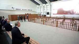 Erdoğan ve Bahçeli, Adnan Menderes'in yargılandığı mahkeme salonunda