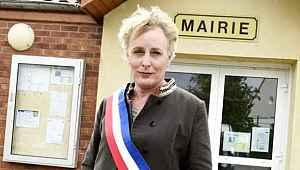 Fransa'da ilk defa bir trans birey belediye başkanı seçildi