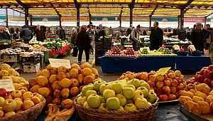 İçişleri Bakanlığı'ndan pazarlarla ilgili yeni genelge! Zaruri ürünlerin haricindeki satış yasağı kalkıyor!