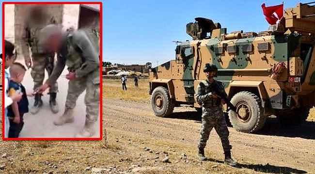 İdlib'deki Türk askeri, çocukların gözündeki mutluluğun sebebi oldu