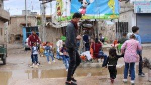 İdlib'de çocukların bayram sevinci