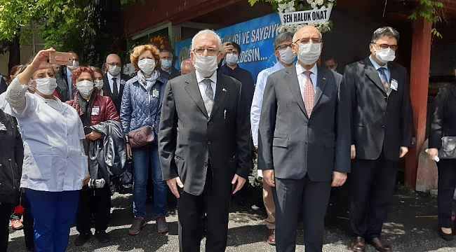İstanbul Tıp Fakültesi'nin duayen hocası Prof. Dr. Mehmet Emin Darandeliler fakültede anıldı