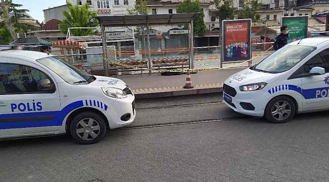 İstanbul'da tramvay durağında erkek cesedi bulundu