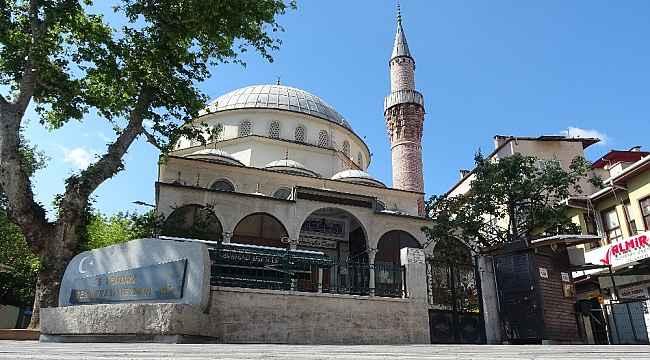 Kalacak yeri olmadığı için sığındığı camide mahsur kaldı - Bursa Haberleri