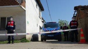 Karantinaya alınan sokak sessizliğe büründü - Bursa Haberleri