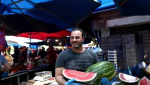 Kısıtlama öncesi cep yakan akşam pazarı - Bursa Haberleri