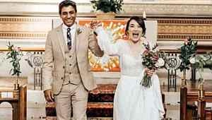 Korona engeline takılan doktor çift, çalıştıkları hastanede evlendi