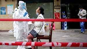 Koronavirüste ikinci dalganın görüldüğü Çin'den korkutan sözler: Değişime uğruyor