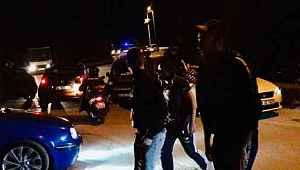 Manzaralı sosyal mesafeye uymadılar, polis gelince kaçtılar - Bursa haberleri