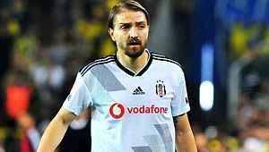 Milli futbolcu Caner Erkin ile Beşiktaş'ın yolları ayrılıyor