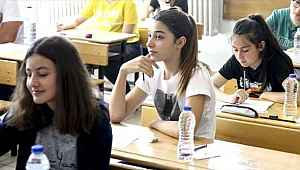 Milyonlarca öğrencinin beklediği karar... Sınıfta kalma kalktı ancak devamsızlık yapanlara kötü haber var