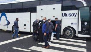 Otogarda 65 yaş üstü vatandaşların yolculuğu sürüyor