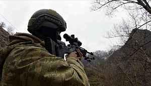 PKK terör örgütü 2 mensubu daha ikna çalışmaları ile teslim oldu