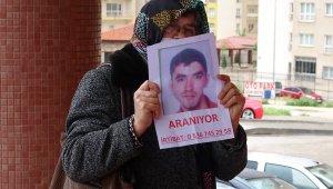 Sokak sokak gezip engelli oğlunu arıyor - Bursa Haberleri