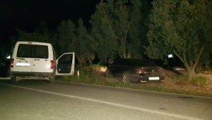 Şüpheli aracı kovalayan polis otosu kaza yaptı bir polis yaralandı - Bursa Haberleri