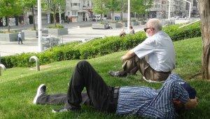 Taksim Gezi Parkı yaşlılara kaldı