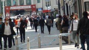 Taksim Meydanı ve İstiklal Caddesi'nde iş yerleri açılıyor