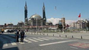 Taksim Meydanı'na çıkmak isteyen 9 kişi gözaltına alındı