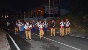 Tekirdağ'da 70 kişilik bando takımı sahur için sokaklara indi