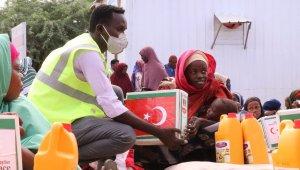 TİKA'dan Somali'de 500 aileye gıda yardımı