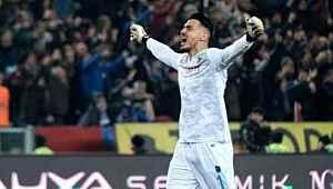 Trabzonsporlu kaleci Uğurcan Çakır, transferin en gözde 100 futbolcusu arasına girdi
