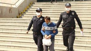Üvey oğlunu döven baba tutuklandı