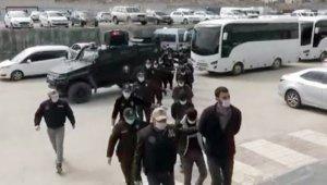Van'da sokak eylemlerine karıştığı tespit edilen 14 kişi gözaltına alındı