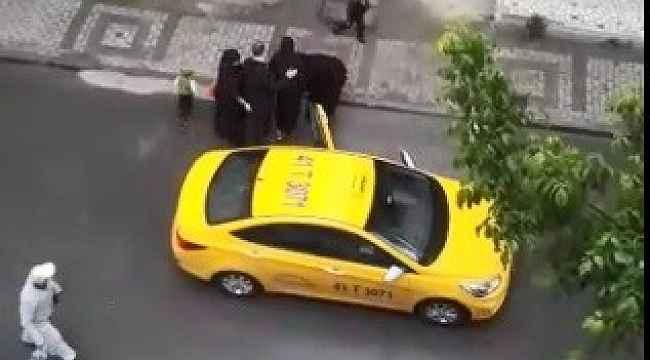 Vicdansızlık... Doğum yapan kadını taksici aracından attı