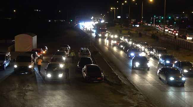 43 ilin geçiş güzergahında trafik yoğunluğu