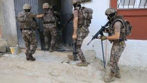 Adana'da PKKKCK operasyonu