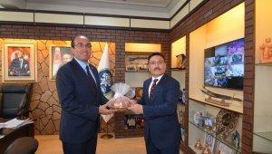 Afyonkarahisar Valisi Çiçek, Sandıklı ilçesini ziyaret etti