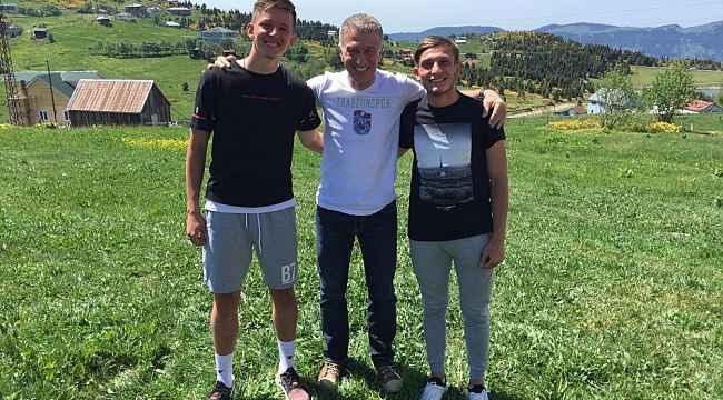 Ahmet Ağaoğlu, yaylada Serkan Asan ve Kerem Baykuş'un konuğu oldu