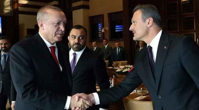 AK Parti'de Alpay Özalan ve Ali Şahin'e yeni görev