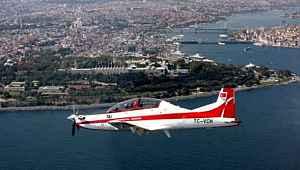 Ankara'da 'Hürkuş' isimli eğitim uçağı düştü