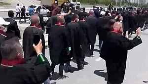 Ankara'ya yürüyen baro başkanları ve avukatlara izin çıktı