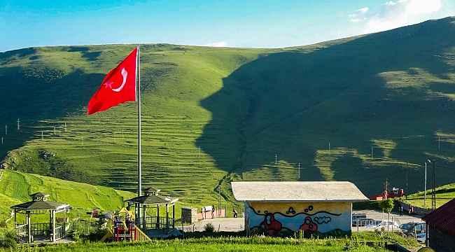 Atatürk silüeti belirdi