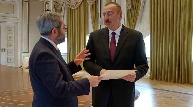 """Azerbaycan Cumhurbaşkanı Aliyev'den Adana Milletvekili Ünüvar'a """"Dostluk"""" nişanı"""