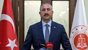 Bakan Gül'den ABD makamlarına Metin Topuz tepkisi