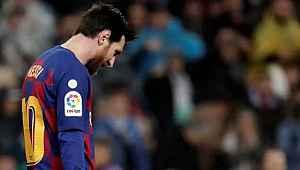 Barcelona, yeni sözleşme için Lionel Messi'ye 50 milyon euro maaş önerdi