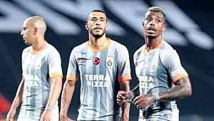 Başakşehir maçındaki performansı sonrası taraftarlar, o futbolcuya tepki gösterdi