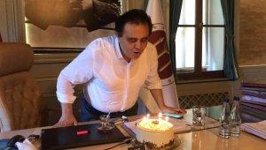 Basın mensupları Başkan Şahin'in doğum gününü kutladı