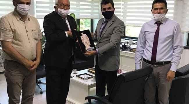 Başkan Posbıyık, Vergi Dairesi Başkanı'nı ziyaret etti