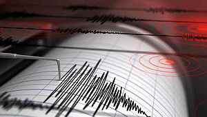 Manisa'da korkutan deprem... Bursa, İstanbul, İzmir dahil birçok şehirde hissedildi
